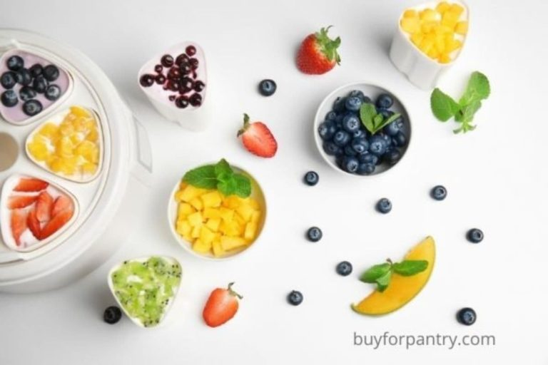 how does a yogurt maker work