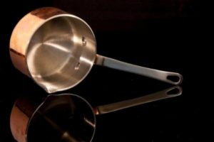 Red copper pan vs gotham steel pan a guide to choose the best